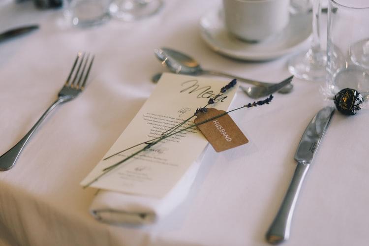 Hogyan tálald az esküvői menüt?