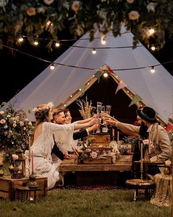Mini sátras esküvő