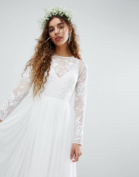 Milyen egy bohém esküvői ruha?