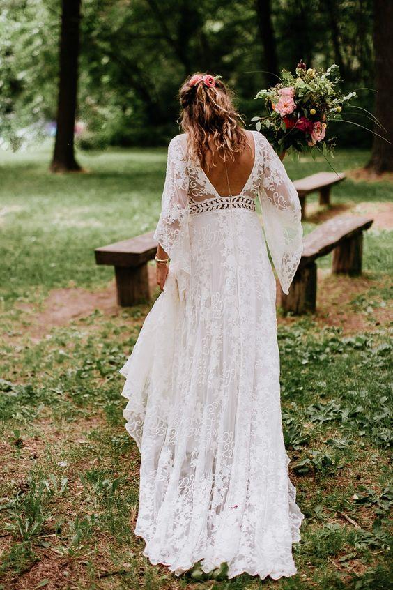 Milyen legyen az esküvői ruhád, ha bohém szertartásra készülsz?