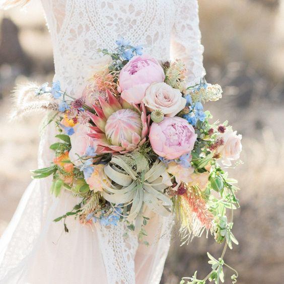 Milyen virág kerülhet egy esküvői csokorba?