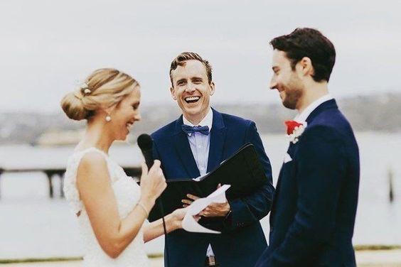 Mitől különleges  egy szertartásvezető által tartott esküvő?