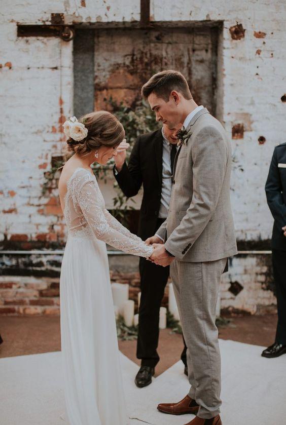 Mit jleképez egy esküvői fogadalom?