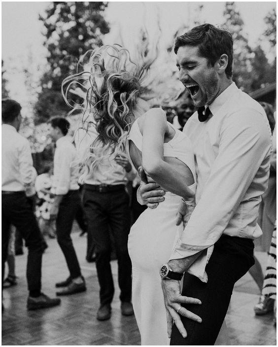 Milyen egy jó esküvői nyitótánc zene?