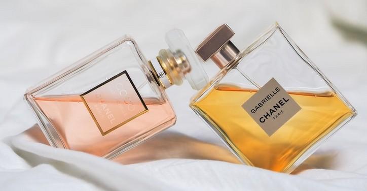 Szülőköszöntő ajándék anyának-parfüm