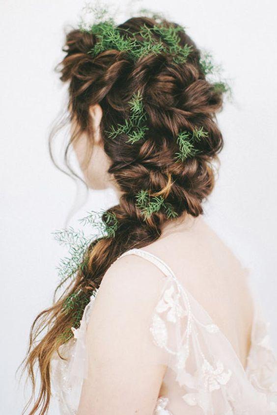 Téli hajfonat esküvőre